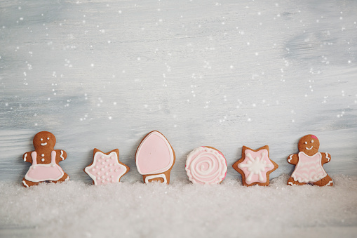 Fake Snow「row of Gingerbread cookies」:スマホ壁紙(8)