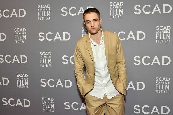 ロバート・パティンソン「20th Anniversary SCAD Savannah Film Festival - Robert Pattinson Maverick Award Presentation」:写真・画像(11)[壁紙.com]