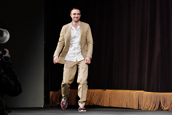 ロバート・パティンソン「20th Anniversary SCAD Savannah Film Festival - Robert Pattinson Maverick Award Presentation」:写真・画像(12)[壁紙.com]