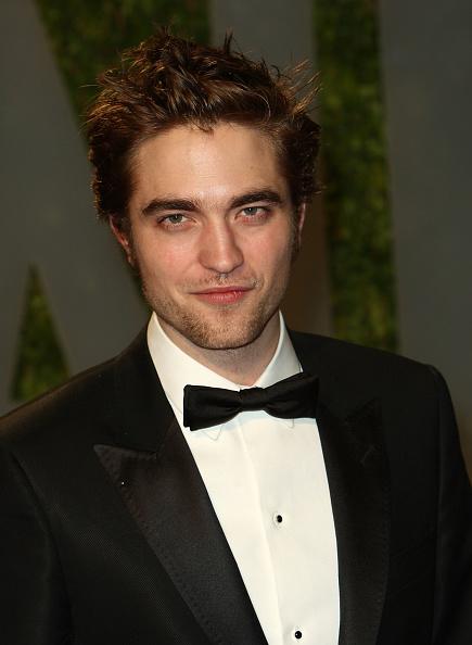 ロバート・パティンソン「2009 Vanity Fair Oscar Party Hosted By Graydon Carter - Arrivals」:写真・画像(6)[壁紙.com]