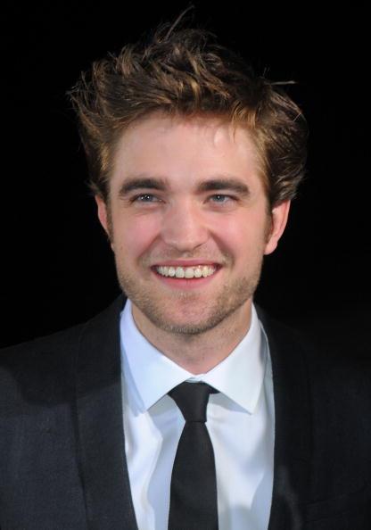 "Summit Entertainment「Premiere Of Summit Entertainment's ""The Twilight Saga: New Moon"" - Arrivals」:写真・画像(8)[壁紙.com]"