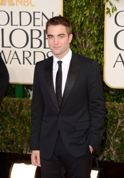 Robert Pattinson「70th Annual Golden Globe Awards - Arrivals」:写真・画像(14)[壁紙.com]