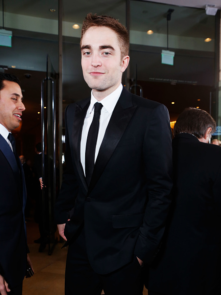 Robert Pattinson「smartwater At The Golden Globes Red Carpet」:写真・画像(17)[壁紙.com]
