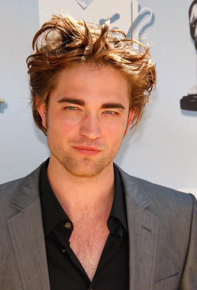 Robert Pattinson「17th Annual MTV Movie Awards - Arrivals」:写真・画像(12)[壁紙.com]