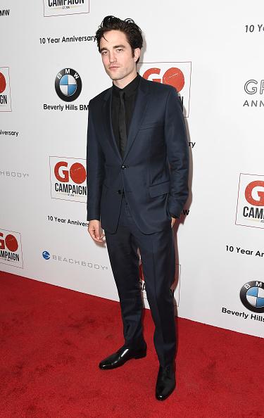 ロバート・パティンソン「10th Annual GO Campaign Gala - Arrivals」:写真・画像(8)[壁紙.com]