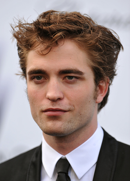 Robert Pattinson「amfAR Cinema Against AIDS - Arrivals - 2009 Cannes Film Festival」:写真・画像(0)[壁紙.com]