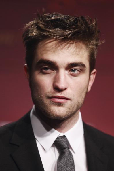 ロバート・パティンソン「Twilight Saga: 'Breaking Dawn - Biss Zum Ende Der Nacht' - Germany Premiere」:写真・画像(5)[壁紙.com]
