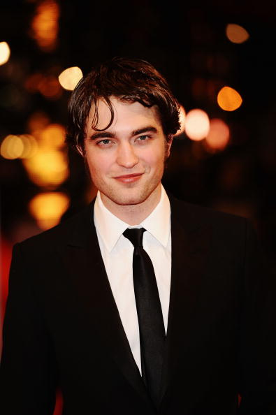 Robert Pattinson「Orange British Academy Film Awards 2010 - Red Carpet Arrivals」:写真・画像(10)[壁紙.com]