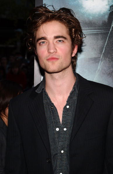 Robert Pattinson「Warner Bros. Pictures Premiere Of 'Harry Potter & The Goblet Of Fire'」:写真・画像(11)[壁紙.com]