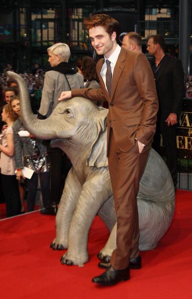 ロバート・パティンソン「Water For Elephants Germany Premiere」:写真・画像(5)[壁紙.com]