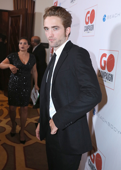 Robert Pattinson「8th Annual GO Campaign Gala - Inside」:写真・画像(3)[壁紙.com]