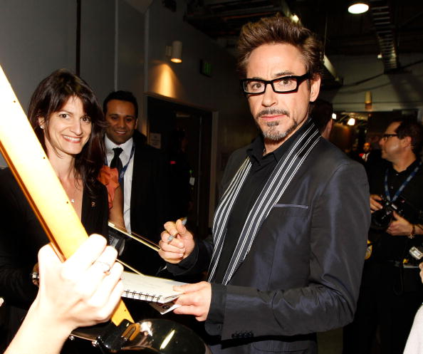 Horn Rimmed Glasses「The 52nd Annual GRAMMY Awards - Backstage」:写真・画像(6)[壁紙.com]