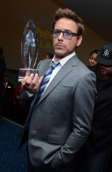 Hair Stubble「39th Annual People's Choice Awards - Backstage And Audience」:写真・画像(7)[壁紙.com]