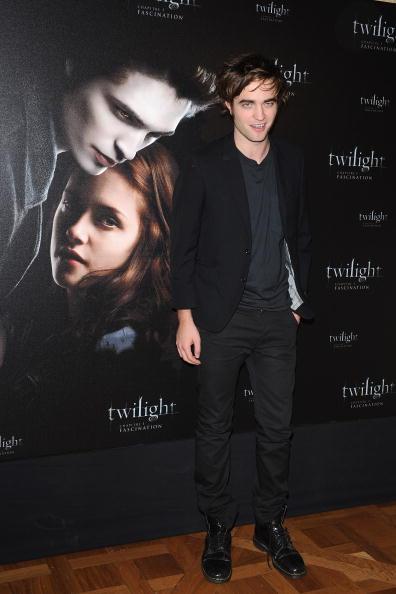 Robert Pattinson「'Twilight' Paris Photocall」:写真・画像(1)[壁紙.com]