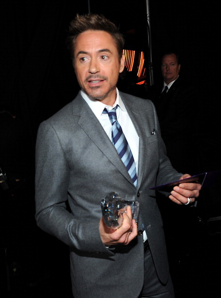 Hair Stubble「39th Annual People's Choice Awards - Backstage And Audience」:写真・画像(8)[壁紙.com]