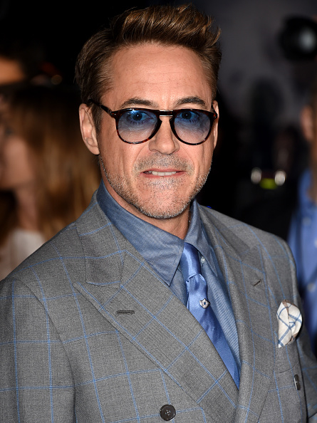 "Awe「Premiere Of Marvel's ""Avengers: Age Of Ultron"" - Arrivals」:写真・画像(10)[壁紙.com]"