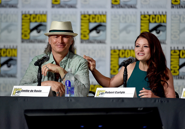 "Emilie De Ravin「Comic-Con International 2015 - ""Once Upon A Time"" Panel」:写真・画像(17)[壁紙.com]"