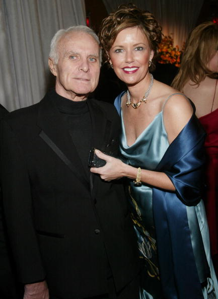 俳優「Robert Conrad and wife LaVelda 」:写真・画像(11)[壁紙.com]