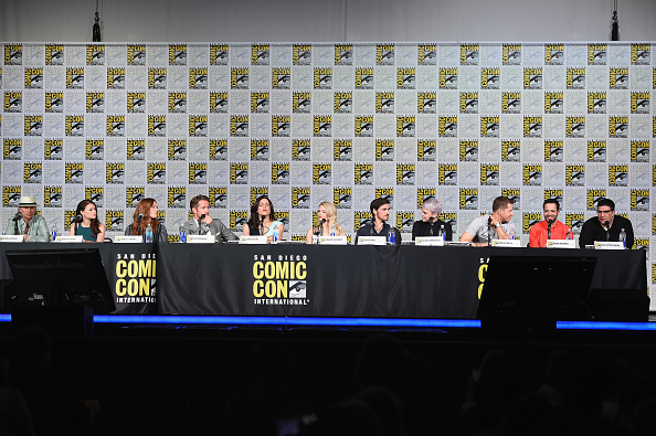 "Emilie De Ravin「Comic-Con International 2015 - ""Once Upon A Time"" Panel」:写真・画像(2)[壁紙.com]"