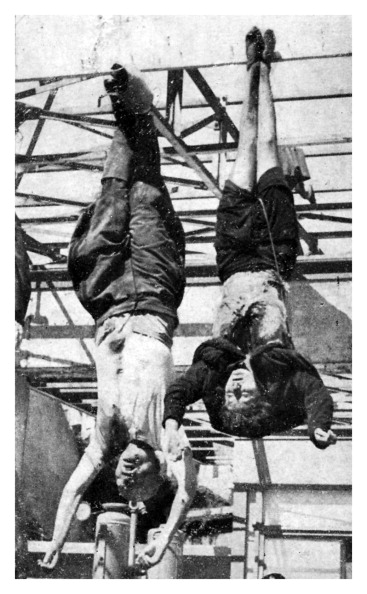 Hanging「Execution of Mussolini and his mistress」:写真・画像(2)[壁紙.com]