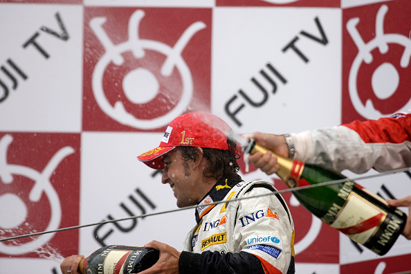 Japanese Formula One Grand Prix「Fernando Alonso, Grand Prix Of Japan」:写真・画像(3)[壁紙.com]