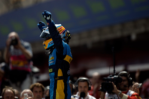 Paul-Henri Cahier「Fernando Alonso, Grand Prix Of Spain」:写真・画像(10)[壁紙.com]