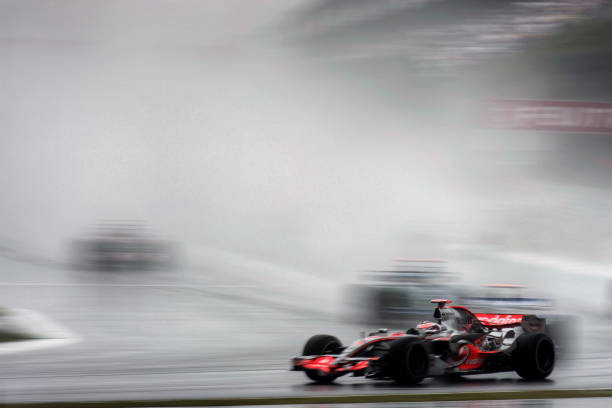 Japanese Formula One Grand Prix「Fernando Alonso, Grand Prix Of Japan」:写真・画像(4)[壁紙.com]