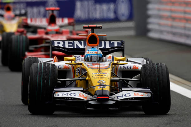 Japanese Formula One Grand Prix「Fernando Alonso, Grand Prix Of Japan」:写真・画像(2)[壁紙.com]
