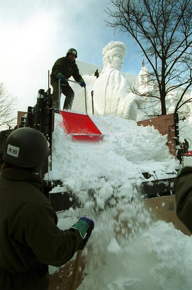 Mombetsu Ice Festival「Sapporo Snow Festival- opened to the public Feb. 6」:写真・画像(14)[壁紙.com]