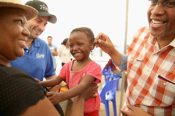 Volunteer「Bringing Hearing To The Children Of Lesotho」:写真・画像(14)[壁紙.com]
