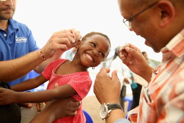 Volunteer「Bringing Hearing To The Children Of Lesotho」:写真・画像(11)[壁紙.com]