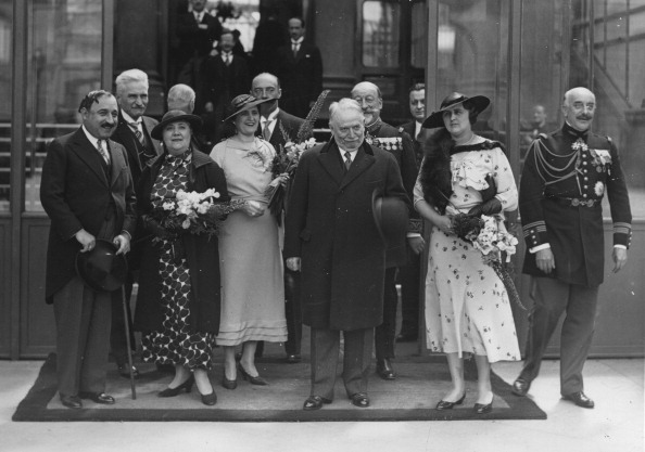 French Prime Minister「The Yugoslav Foreign Minister Bogoljub Jevti (Left) On A Visit To The French Prime Minister Gaston Doumergue (Center). Elysée Palace. 12Th June 1934. Photograph.」:写真・画像(18)[壁紙.com]