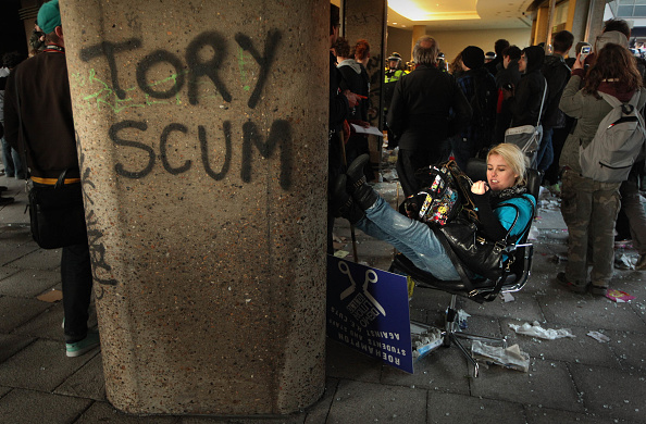 Conservative Party - UK「Students Hold A Mass Rally To Protest Against Spending Cuts」:写真・画像(18)[壁紙.com]