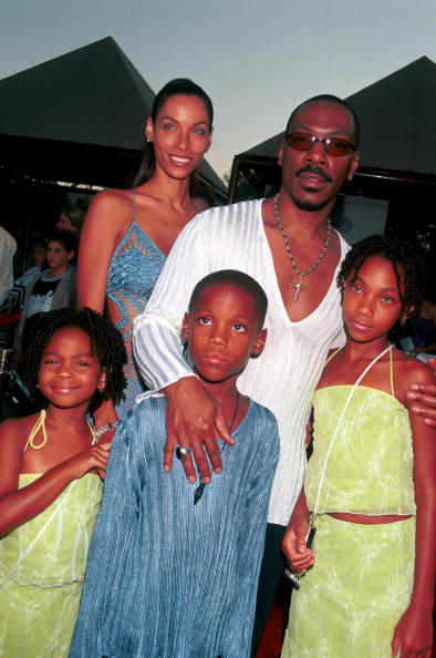 Child「Eddie Murphy & Family At Nutty Professor 2 Premiere」:写真・画像(4)[壁紙.com]