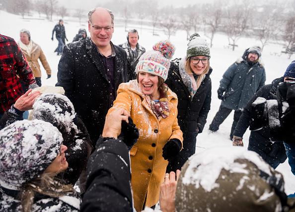 Husband「Minnesota Senator Amy Klobuchar Announces Candidacy For President」:写真・画像(19)[壁紙.com]