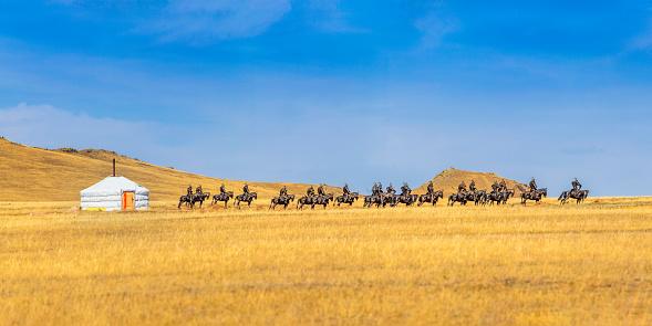 Indigenous Culture「Mongolian yurt on a field」:スマホ壁紙(10)
