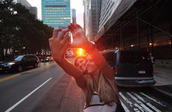 Sunset「Sun Sets In Line With Manhattan's Street Grid」:写真・画像(14)[壁紙.com]