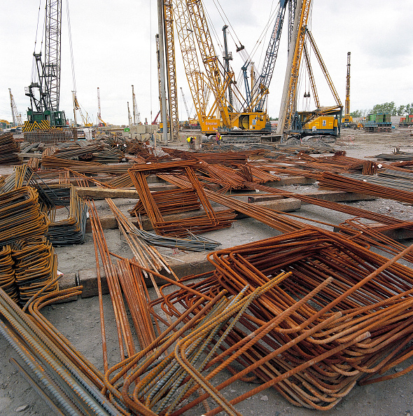 Rod「Stockpile of steel reinforcement. Connahs Quay gas fired power station, North Wales, United Kingdom.」:写真・画像(18)[壁紙.com]