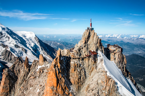 Chamonix「Beautiful landscape aerial view of Aiguille du Midi from Mont Blanc massif in french Alps mountains in autumn」:スマホ壁紙(8)