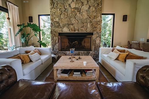 Wallpaper - Decor「Beautiful living room with fireplace」:スマホ壁紙(1)