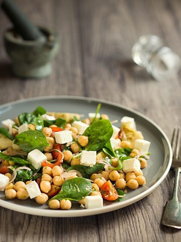 Vinaigrette Dressing「Chickpea with artichokes and spinach salad」:スマホ壁紙(9)