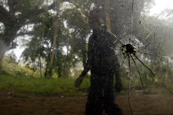 Three Quarter Length「Delicate Peace Holds In Liberia」:写真・画像(8)[壁紙.com]