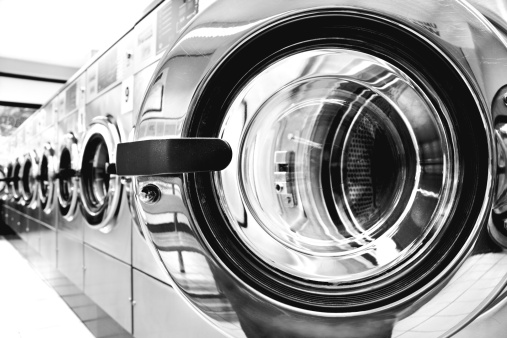 Washing「Washing machines - clothes washer's door in a public launderette」:スマホ壁紙(0)