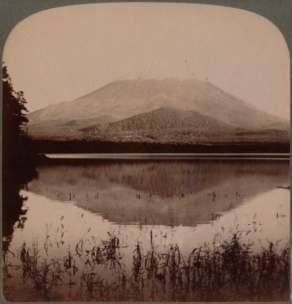 富士山「'Snow-Capped Mount Fuji, (12,365 Ft.) Mirrored In Still Waters Of Lake Shoji, Japan', 1904.」:写真・画像(4)[壁紙.com]