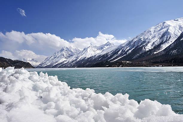 Snow-capped Mountains and Glacier:スマホ壁紙(壁紙.com)