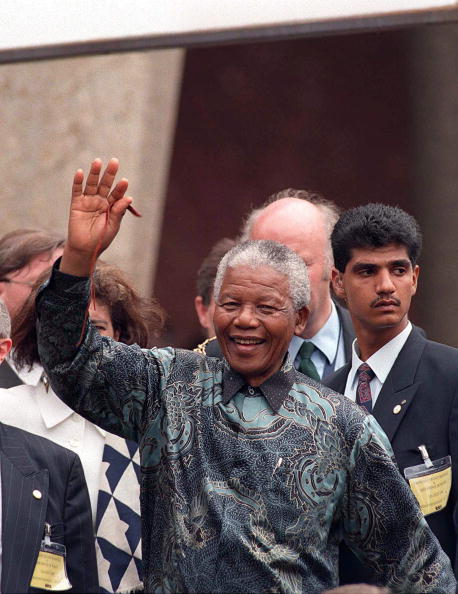 Shirt「President Mandela In London」:写真・画像(4)[壁紙.com]