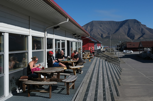 Archipelago「Summer Heat Wave Hits Svalbard Archipelago, Far North Of The Arctic Circle」:写真・画像(11)[壁紙.com]