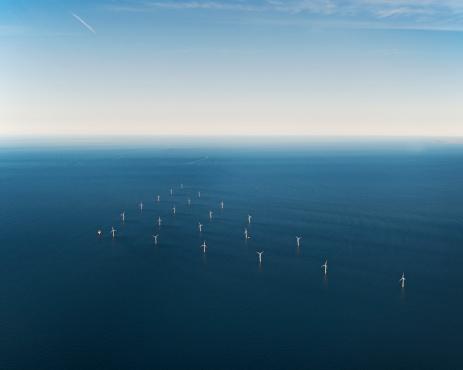Efficiency「Wind Park in sea, aerial view」:スマホ壁紙(5)