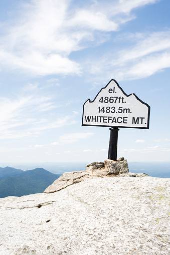 Adirondack Forest Preserve「Marker at summit of Whiteface Mountain」:スマホ壁紙(12)