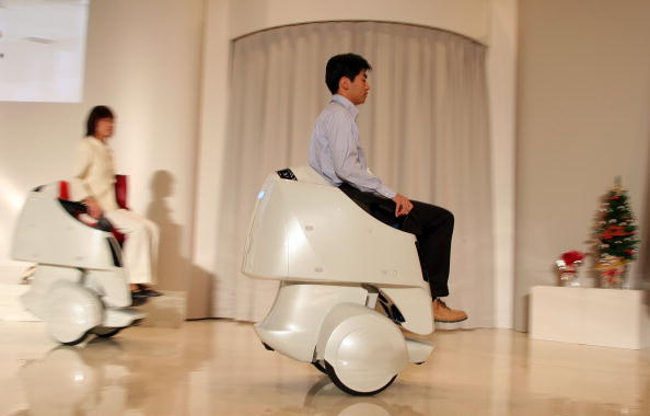 Portability「Toyota Launches New Robot Technology」:写真・画像(12)[壁紙.com]